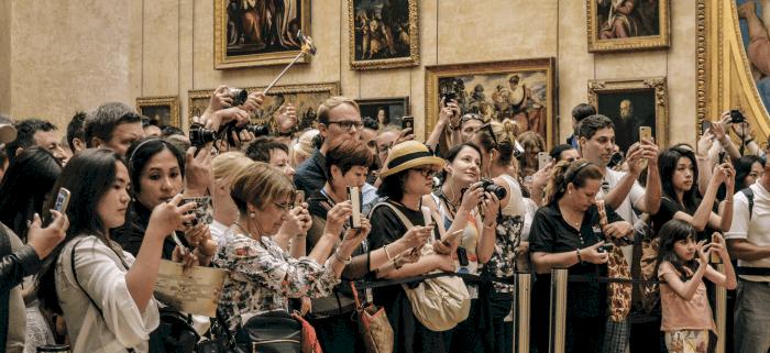 Dopo la straordinaria accoglienza riservata dal pubblico pugliese a Van Gogh Alive – The Experience, proseguono le aperture della mostra multimediale con un calendario pensato per facilitare l'eccezionale numero di… Approfondisci