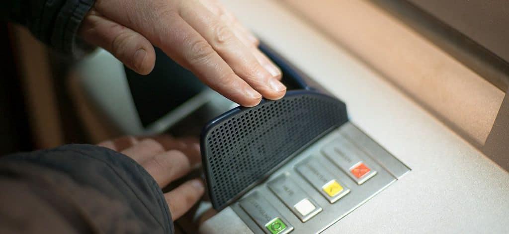 50 ans Automate bancaire - Chronique - Auriga