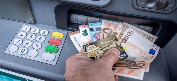 Le «cashback», en attendant une terminologie française appropriée, c'est la possibilité pour les commerçants de fournir des espèces à leurs clients lors d'un paiement par carte. Concrètement cela se passe…
